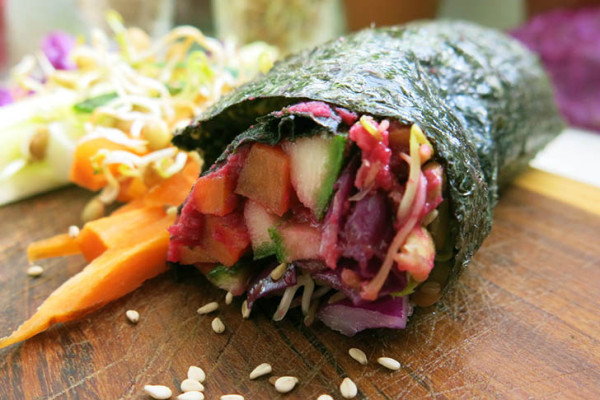 Raw Vegan Nori Rolls 600x400