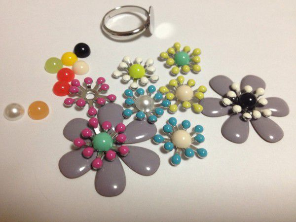 12 flower ring parts